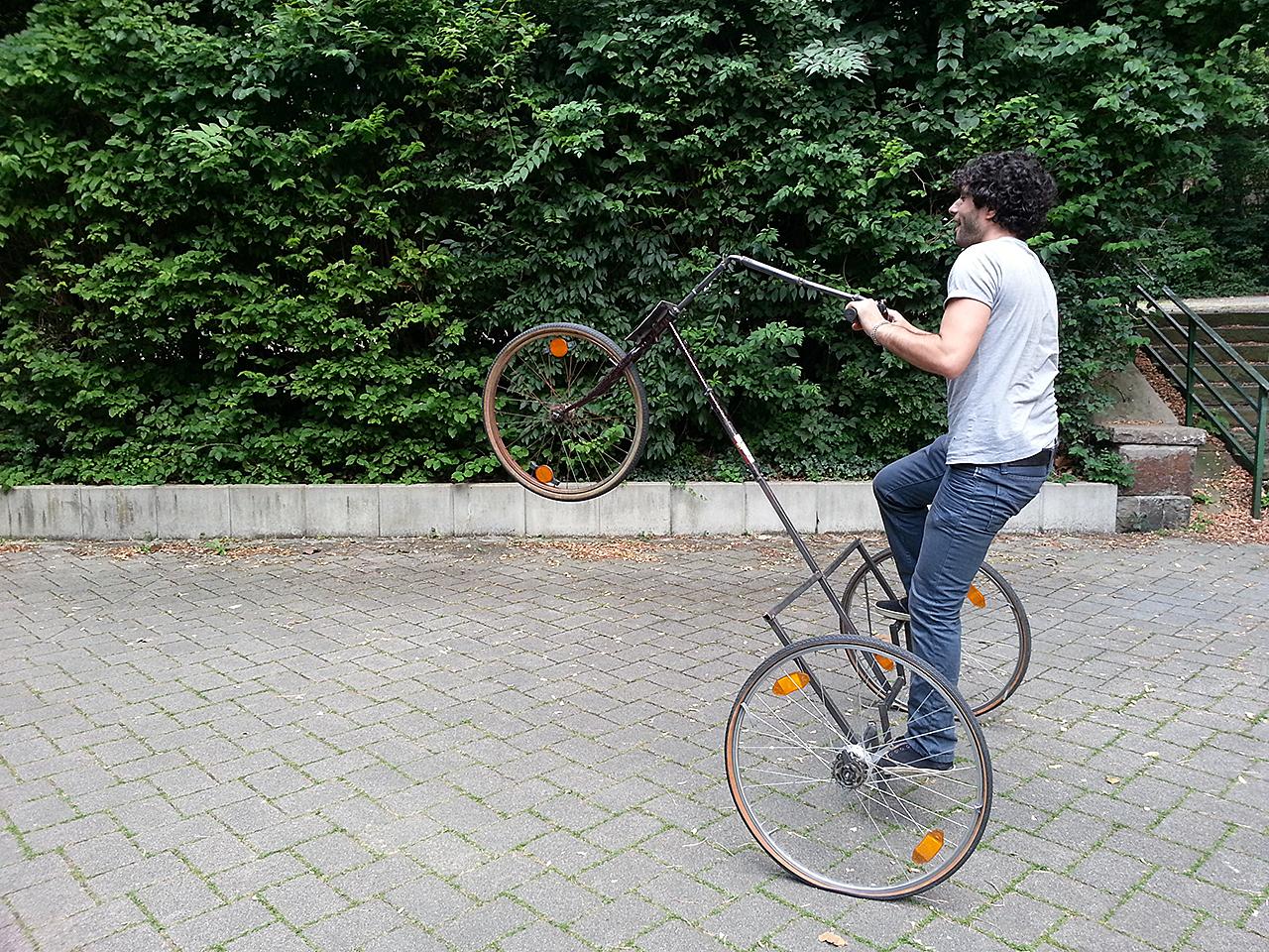 Bewegungsmaschine Akrobatik